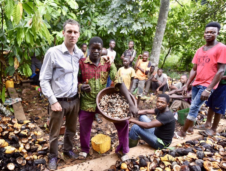 Dělníci na kakaové plantáži ve východní části Pobřeží slonoviny